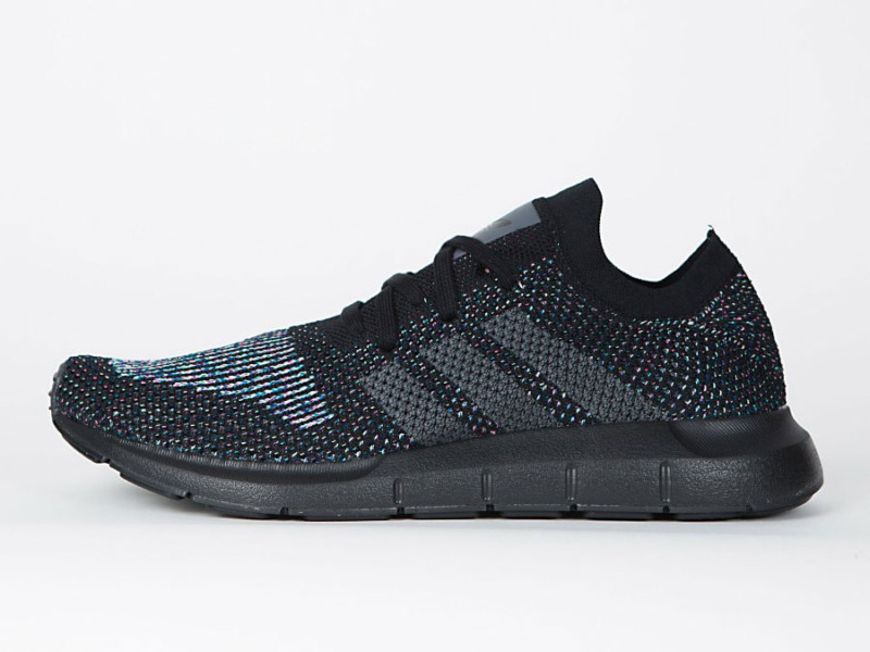 Adidas Swift Run Primeknit - Core Black